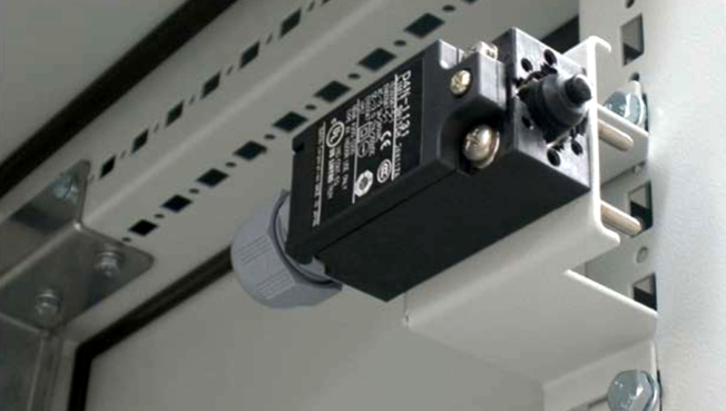 Limit Switches for Electrical Enclosure · Delvalle Box